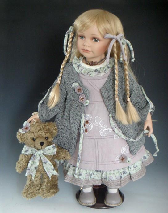 Фото: Куклы фарфоровые и виниловые, подарок от ребёнка до руководителя. .